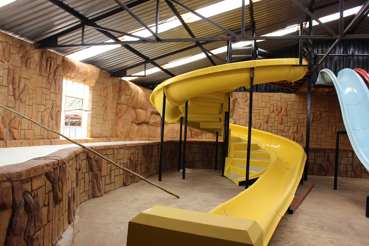 New Country Mini >> Theme Park Party Venue Things To Do With Kids In Pretoria